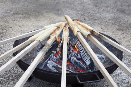 Stockbrot an der Feuerschale